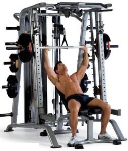 Что лучше - тренажеры или свободные веса?