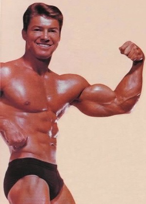 Ларри Скотт - первый Мистер Олимпия