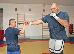 Николай Валуев. Видео о том, как мотивируют чемпионов