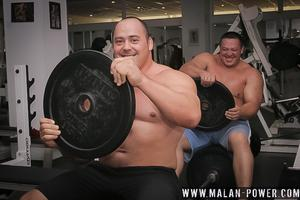 Видео с тренировки Маланичева и Кокляева