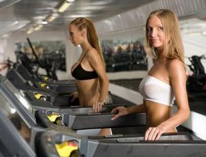 Дневник тренировок девушки в тренажерном зале